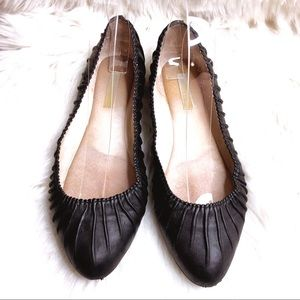 Louise et Cie Woman's 7.5 Leather Pointy Toe Flats